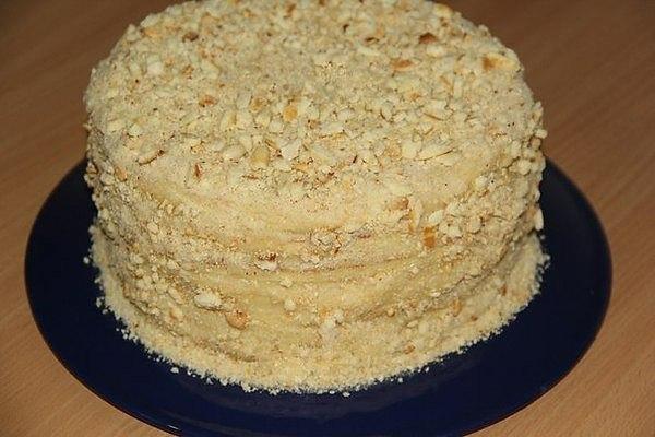 Торт со сгущенкой на сковородке. Торт со сгущенкой на 8