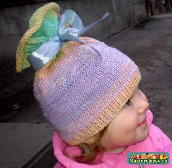 Как связать весеннюю шапочку
