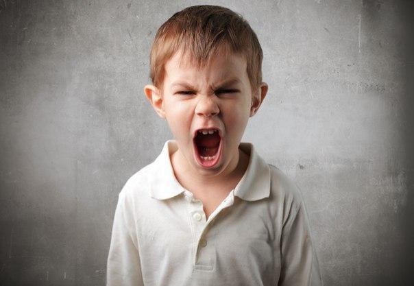 Агрессивный ребенок: влияние телевидения!