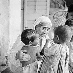 Девять мудрых советов Матушки Терезы по воспитанию детей