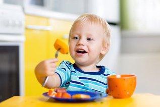 Как привить ребенку правильные пищевые привычки